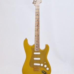Fender Strato GOLD