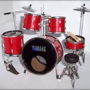 Batteria Yamaha Rossa