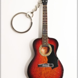 Portachiavi chitarra in legno