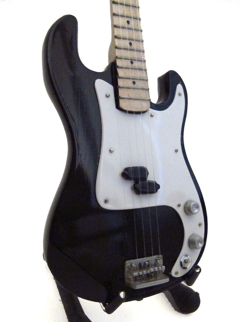 Fender Bass Black