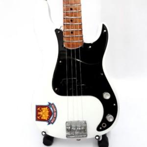 Iron Maiden Steve Harris Bass