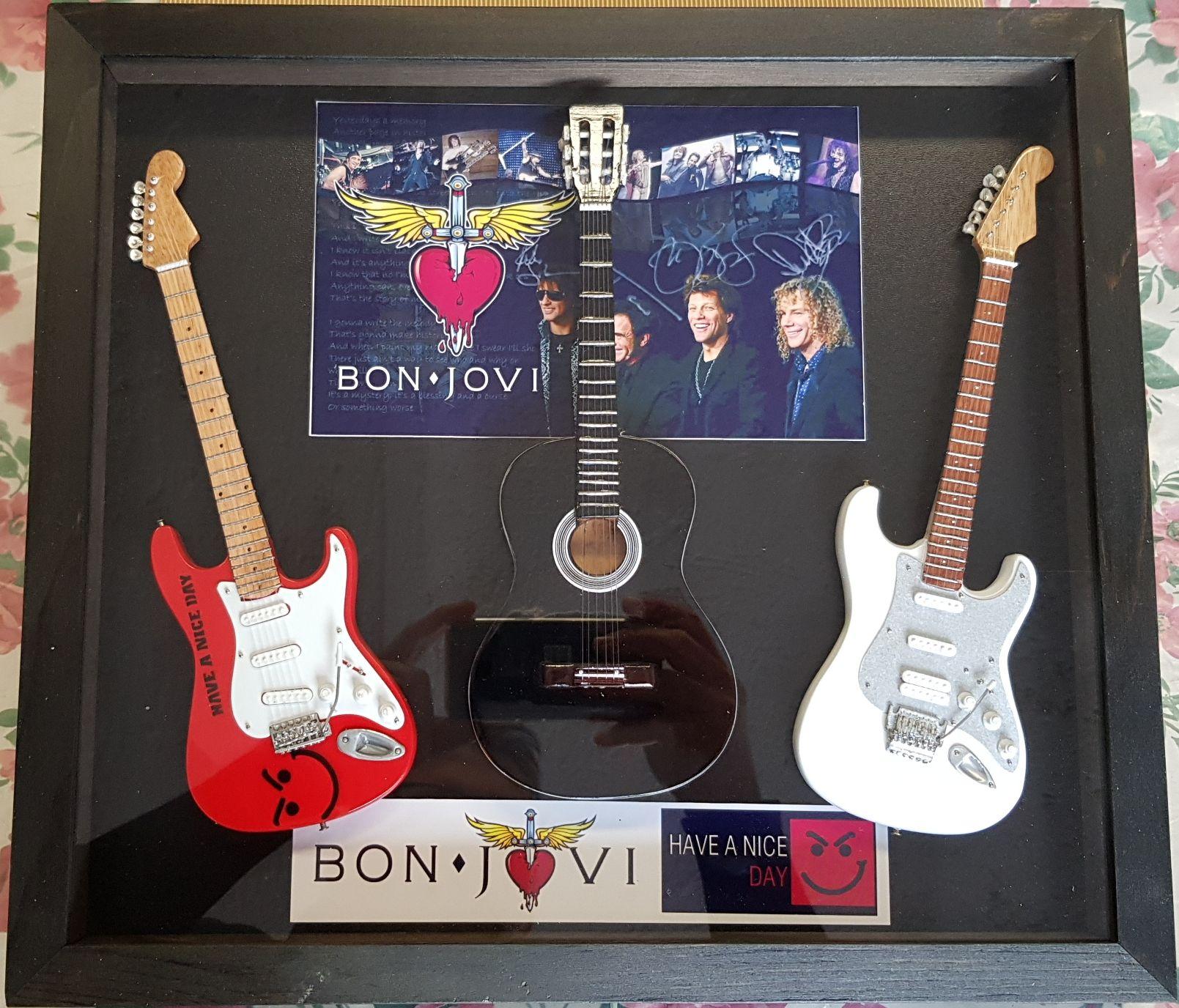 Quadro BonJovi 3 chitarre